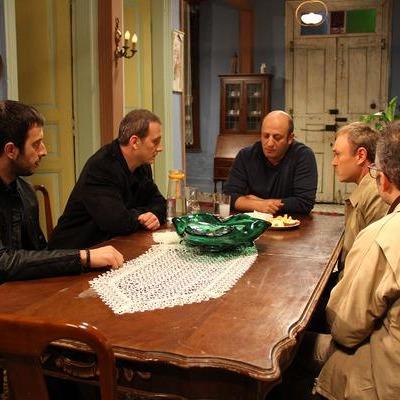 Beş kardeş, beşi de birbirinden güzel kardeş