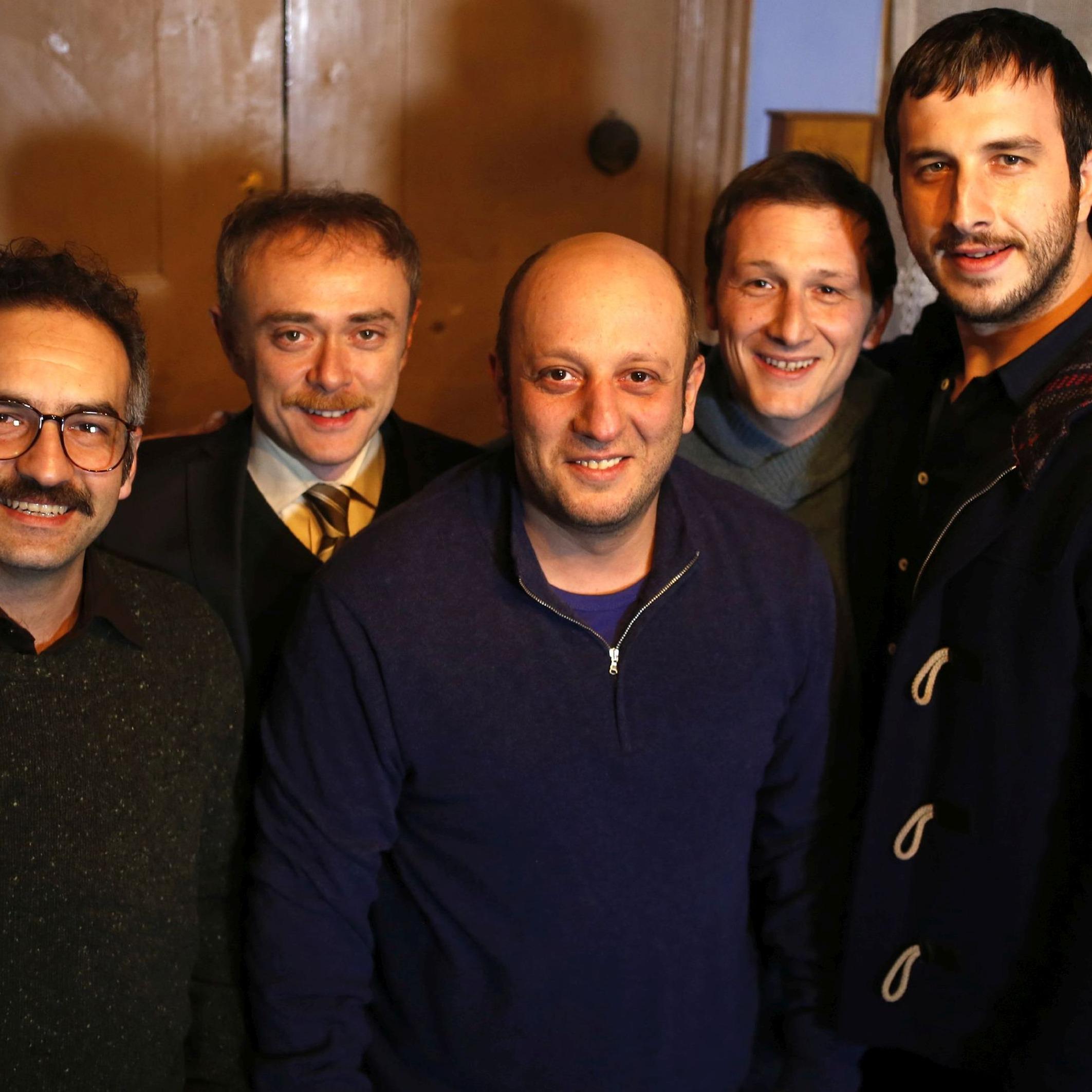 Beş Kardeş izleyicilerden fotoğraf bekliyor!