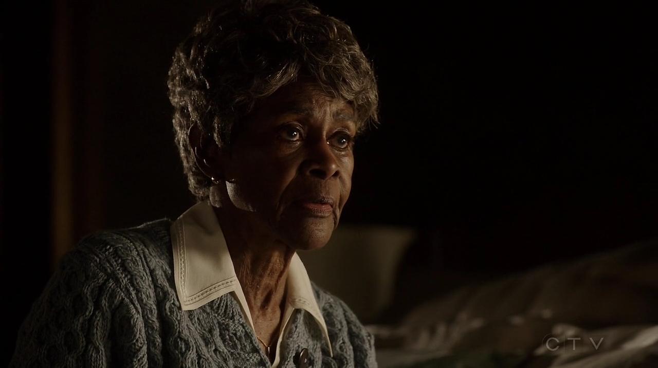 Bknz: Mama Keating.